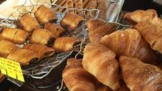 オープンからずっと人気 パンの家 小麦屋